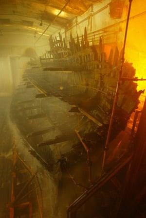 Mary Rose : The Tudor warship Mary Rose