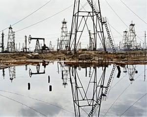 Edward Burtynsky Oil: SOCAR Oil Fields #3, Baku, Azerbaijan, 2006