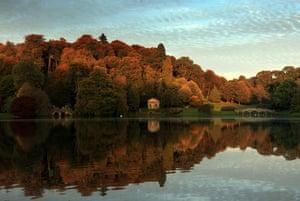autumn: autumn colours in Stourhead