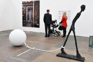 Frieze Art Fair : Frieze Art Fair in Regents Park