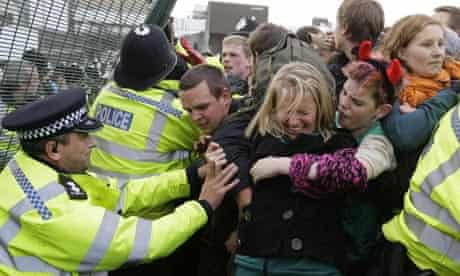Police grapple with climate change protesters at Ratcliffe-on-Soar power station
