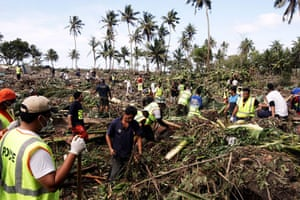 Samoa tsunami: Searching through the aftermath of the tsunami