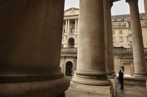 Recession 2009: A man stands near of The Bank of England