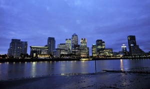 Recession 2009: Canary Wharf in London at dawn