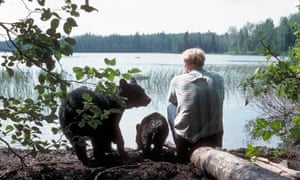 Lynn Rogers and Black Bears Of The Northwoods