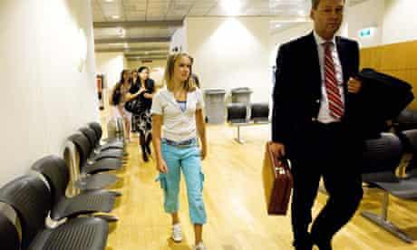 Laura Dekker in court 24/10/09