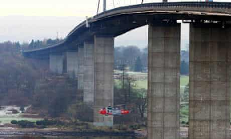 Two young women died after apparently leaping off the Erskine bridge, near Glasgow