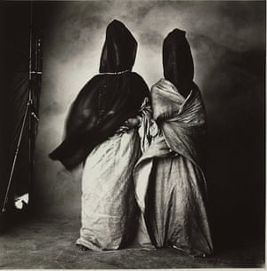 Irving Penn: A 1971 image by Irving Penn of two Moroccan women, Guedras in the Wind