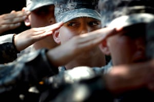 American soldier: Ford Benning learning to salute