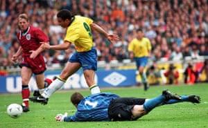 England v Brazil: Ronaldo/Umbro Cup
