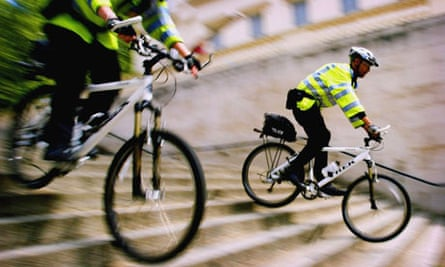 London Police Get On Their Bikes