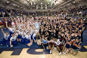 Guinness World Records: Guinness World Record for the largest cheerleading dance