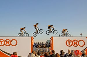 Guinness World Records: Guinness World Record for longest platform-to-platform bicycle jump