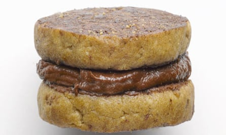 Chestnut chocolate cream biscuit