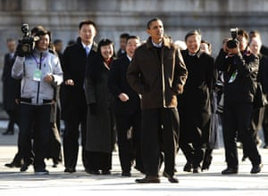 obama in china: U.S. President Obama tours the Forbidden City in Beijing