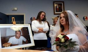 Posthumous wedding between Magali Jaskiewicz married the late Jonathan George  in France