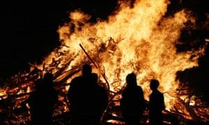 bonfire notes and queries