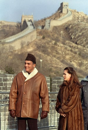 Leaders at the Great Wall: May 1991: Indian premier Rajiv Gandhi and his wife Sonia in Badaling