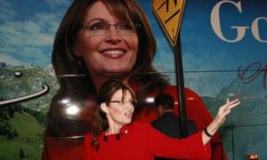 Sarah Palin kicks off her Going Rogue book-signing
