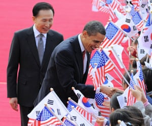 Obama in South Korea: President Barack Obama and President Lee Myung-Bak at a welcome ceremony