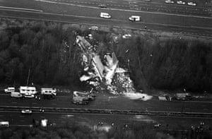 M1 motorway: 1989: British Midland Boeing 737 plane crashed on the M1 at Kegworth
