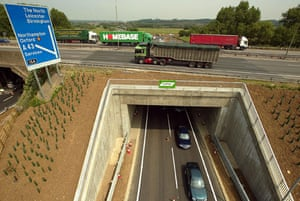 M1 motorway: 2003: Junction 15a of the M1 motorway nominated for an architectural awar