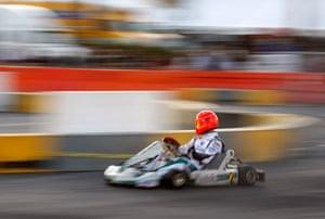 24sport: Former F1 World Champion Michael Schumacher practices at Superkarts! USA