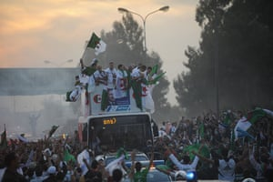 24sport: The Algerian national football team are welcomed home by fans