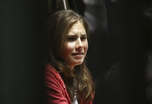 Meredith Kercher trial: Murder suspect Amanda Knox reacts during a hearing at Perugia's court