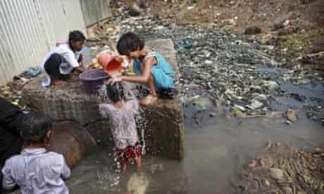 Children in poverty in Mumbai