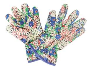Garden goodies: Celia Birtwell print gardening gloves