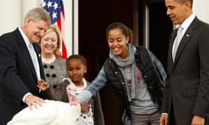 Obama pardons Thanksgiving turkey