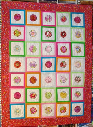 Crafts: Christmas gift guide crafts: quilt