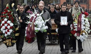 Funeral of Sergei Magnitsky at a cemetery in Moscow