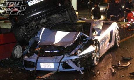 Careless Driver Writes Off Italian Police S Prized Lamborghini