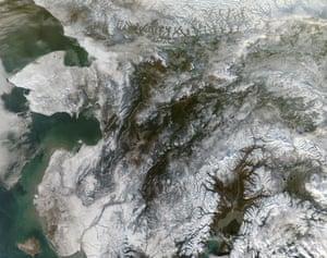Satellite Eye on Earth: Snowy central Alaska: Bering Strait