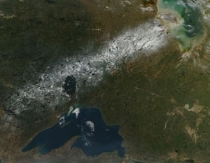 Satellite Eye on Earth: snow running across Ontario, Canada : Lake Superior