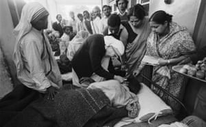 Bhopal 25th anniversary: Mother Teresa and The Union Carbide Corporation poisonous Gas Disaster