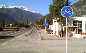 Worst Cycle Lane: Piste cyclable ridicule