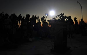 fort hood shooting: media wait for a briefing  Fort Hood, Texas