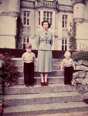Queen Elizabeth II: 1952: Princess Elizabeth with her children