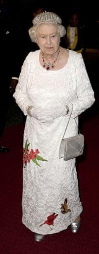 Queen Elizabeth II: 2009: Queen Elizabeth II in Tobago