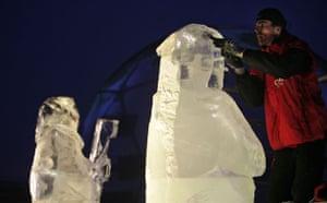 Copenhagen day 5: COP15 An artist sculpts ice statues of Maasai warriors