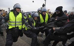 Copenhagen Diary: COP15 : Danish riot police