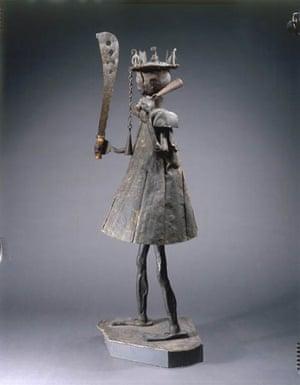 Arstist of Abomey: Sculpture dédiée à Gou