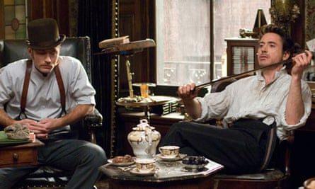 Jude Law and Robert Downey Jr in Sherlock Holmes