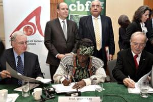 Copenhagen Diary: COP15 : Wangari Maathai,  Prince Albert II of Monaco Foundation