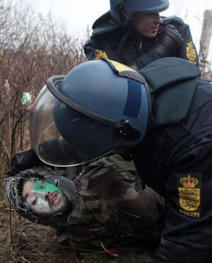 COP15 Reclaim power: Clashes at UN World Climate Conference