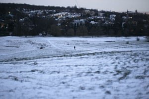 Snow in the UK: Hampstead Heath after snowfall in London