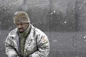Snow around the world: Snow at the Vietnam Veterans Memorial